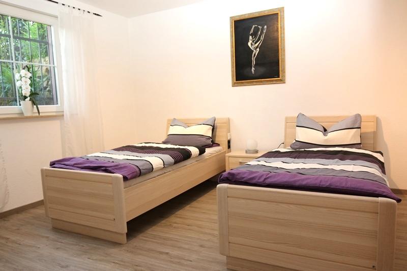 Ferienwohnung Monteurwohnung Mohr Einhausen Sclafzimmer 01 Bild 1